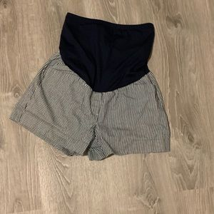 GAP Shorts - Striped full panel maternity shorts